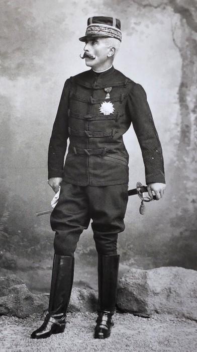 Генерал Гастон Огюст Галиффе./Фото: i.simpalsmedia.com