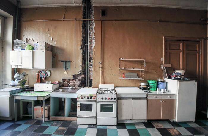 Коммуналки существуют и сегодня. /Фото: ochevidets.ru