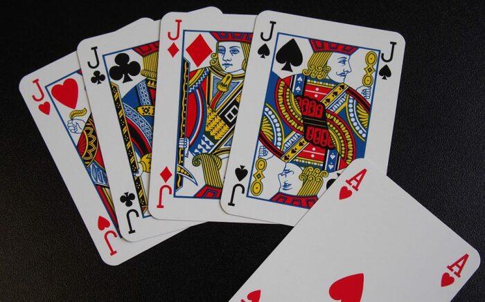 В Сочи Хитрый стал крестным отцом карточных шулеров. /Фото: beauxartsatelier.org