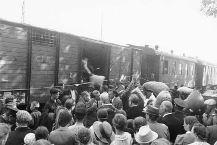 Мартовская депортация 1941-го из Прибалтики. /Фото: pbs.twimg.com