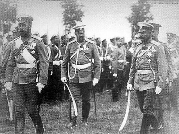 Генерал Нахичеванский доказал свою преданность ценой жизни. /Фото: itd0.mycdn.me
