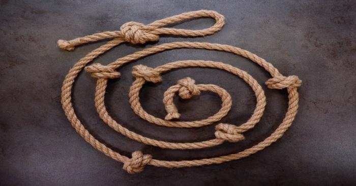 Ритуал с завязыванием узелков продолжался сорок дней. /Фото: sun9-34.userapi.com