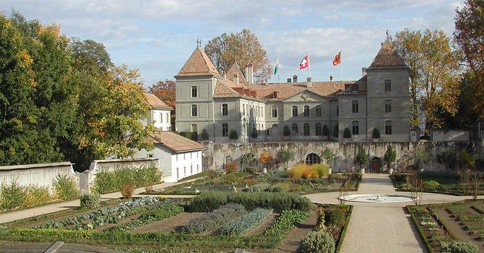 Замок Пранжен, где провёл свои последние дни Луи-Наполеон./Фото: media-cdn.sygictraveldata.com