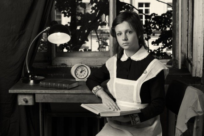 Советская школьница – это аккуратность и скромность. /Фото: cloudstatic.eva.ru