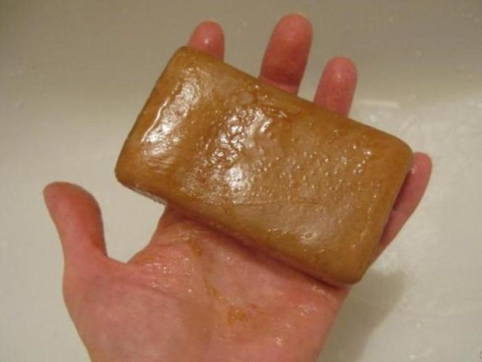 Мыло, которым омывали покойного, обладало магическими свойствами. /Фото: cakarelia.ru