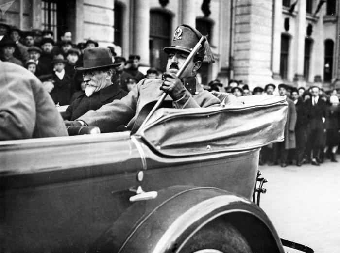 Визит Амануллы-хана в СССР. 1928 год. /Фото: sputnik.kg