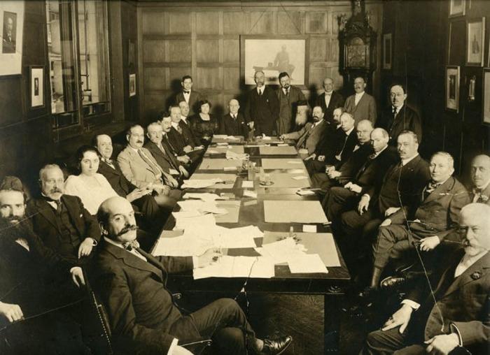 Совещание руководства «Джойнта», 16 августа 1918 года. /Фото: images.theconversation.com