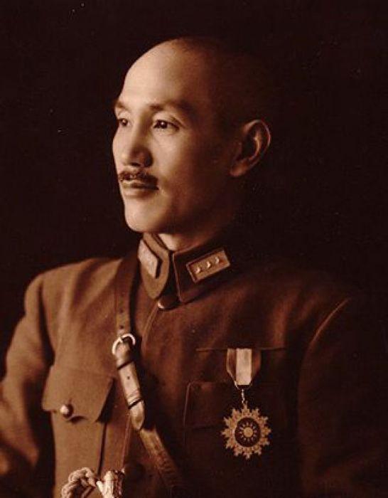 Чан Кайши – генералиссимус и маршал, президент Китайской республики с 1946 по 1975 год, отец Цзян Цзинго./Фото: cdn.turkaramamotoru.com