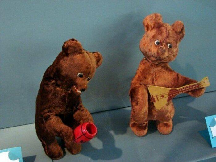 Заводные мишки были очень популярны в 50-70 годы. /Фото: i0.u-mama.ru