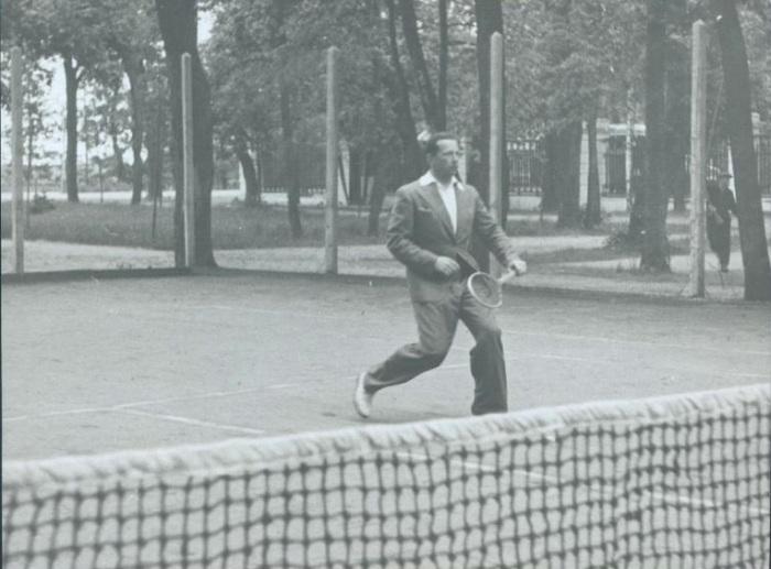 Громов увлекался разными видами спорта. /Фото: 187011.selcdn.ru