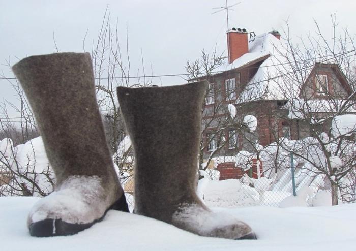 Зимой валенки отлично защищают от холода. /Фото: t-i.ru/media