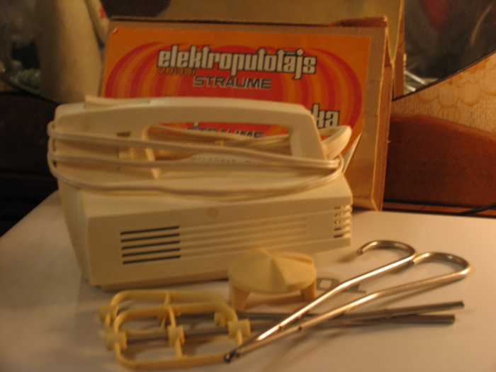 Миксер «Страуме» - кухонные инновации СССР. /Фото: static.daru-dar.org