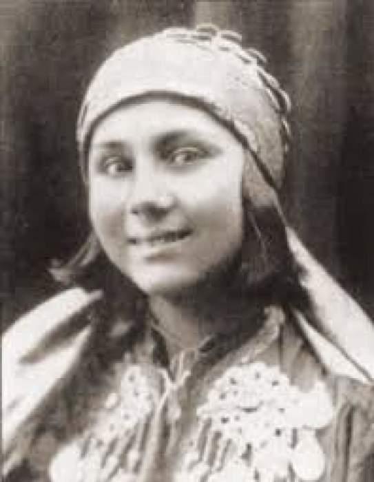 В 1937 году вся страна увидела Ирину Алимову на экране. Она исполняла роль возлюбленной главного героя в фильме «Умбар»./Фото: feedup.ru