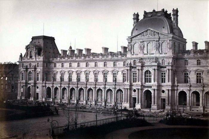 Лувр в 19 веке. /Фото: i.pinimg.com