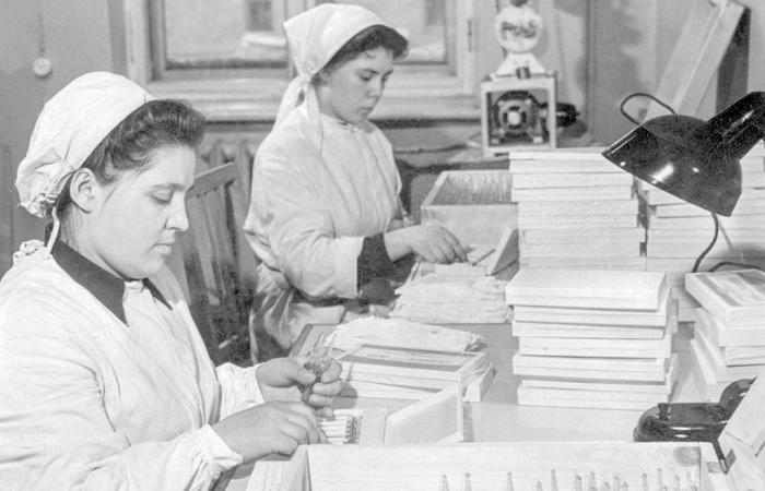 Как советская вакцина в годы «холодной войны» спасла планету от эпидемии