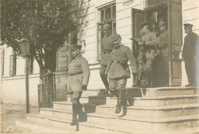 Немецкий режим в Крыму 1918-го. /Фото: i0.wp.com
