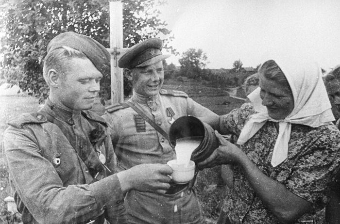 Не все прибалтийцы ждали прихода СССР. /Фото: cdncz1.img.sputniknews.com
