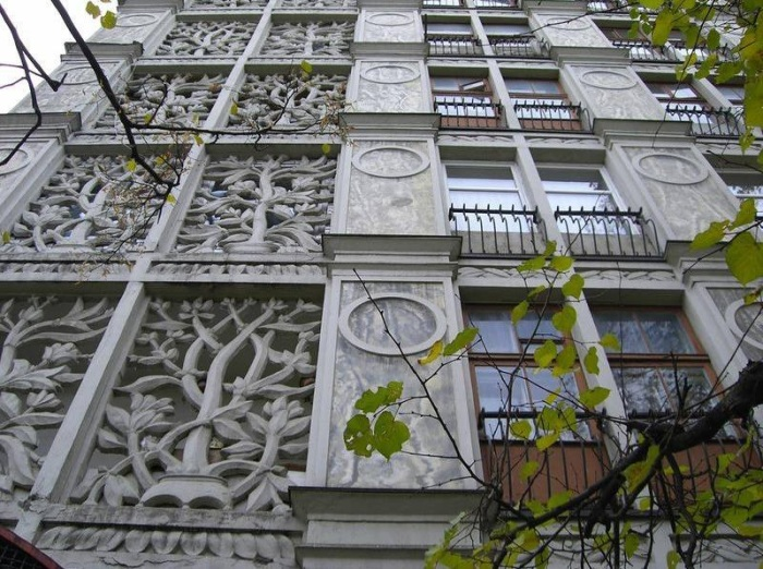 «Ажурный дом» был слишком красив для быстрого недорогого жилья. /Фото: media.vashdosug.ru