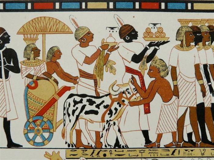 подношения в честь дня рождения фараона./Фото: yenisafak.feo.doracdn.com