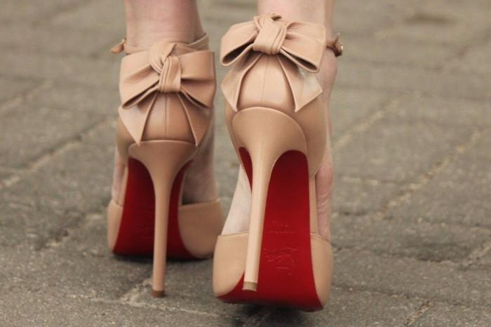 Заветные туфли на высоком каблуке