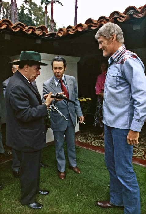 Брежнев и Чак Коннорс./Фото: Commons.m.wikimedia.org