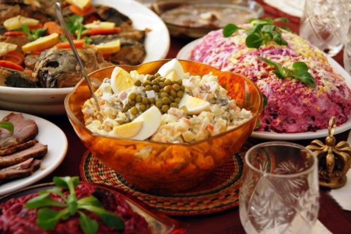 Блюда новогоднего стола./Фото: 24warez.ru