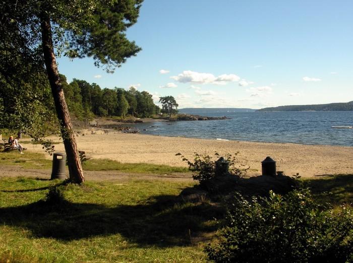 Норвежский пляж Paradisbukta/ Фото: c2.staticflickr.comupload.wikimedia.org