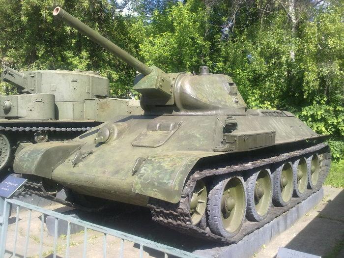Т-34 – гордость российских бронемашин, отличающаяся простой и в тоже время гениальной конструкцией./Фото: upload.wikimedia.org