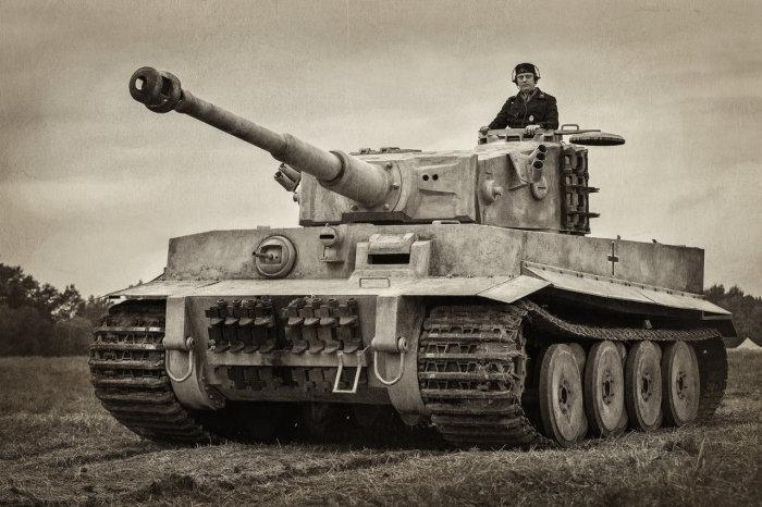 Немецкий танк имел превосходство перед Т-34 в броне, но это «Тридцатьчетвёрка» могла скомпенсировать своей большой манёвренностью и подвижностью./Фото: soldats.club