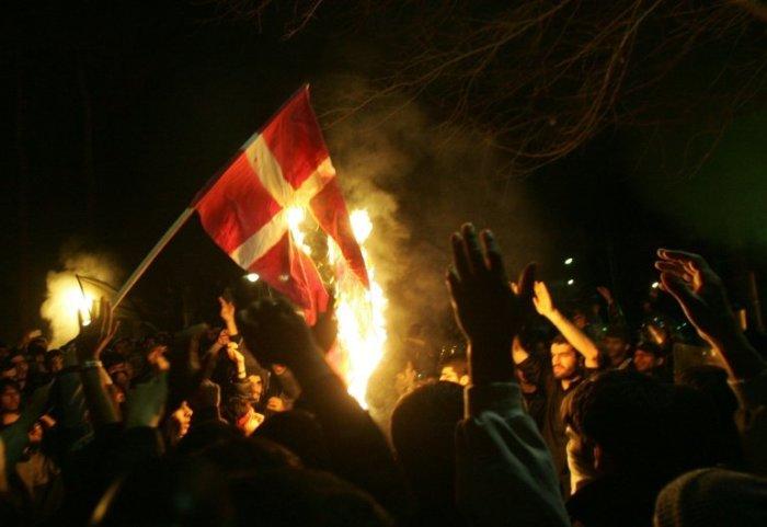 Акции протеста так или иначе захлестнули весь исламский мир./Фото: thebestyoumagazine.co