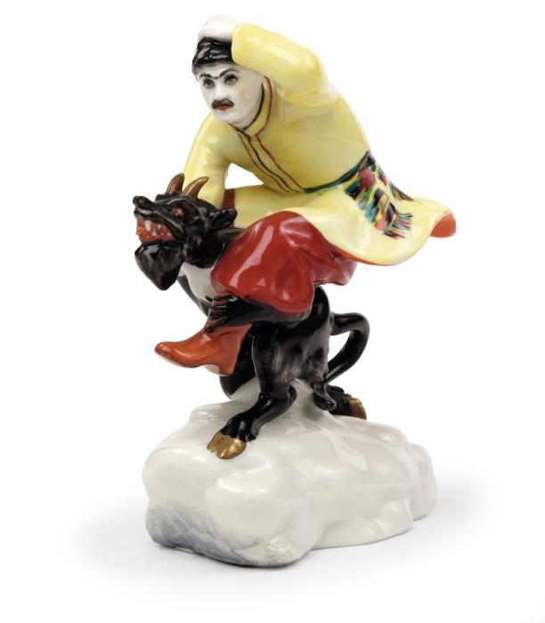 Скульптура «Вакула на чёрте» по повести Гоголя «Ночь перед Рождеством»./Фото: russianartsfoundation.com
