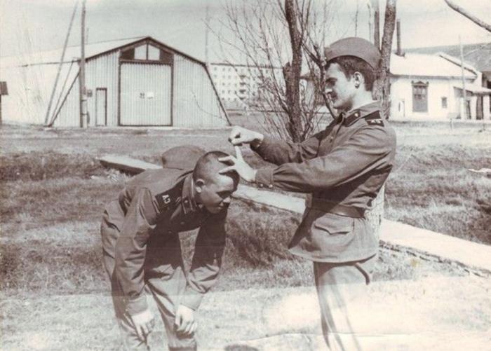 Военнослужащий имеет тем больше прав и тем меньше обязанностей, чем дольше он служит./Фото: sensum.club