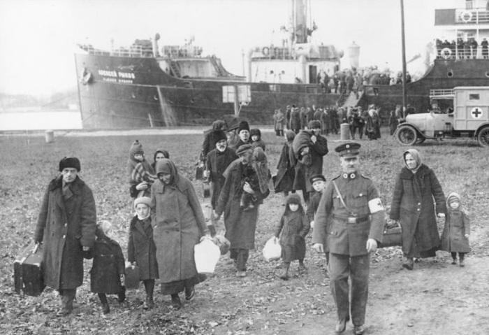 Депортация немцев Поволжья./Фото: yeopen.com