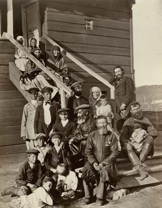 Семья донских казаков, 1875 год./Фото: old.togdazine.ru