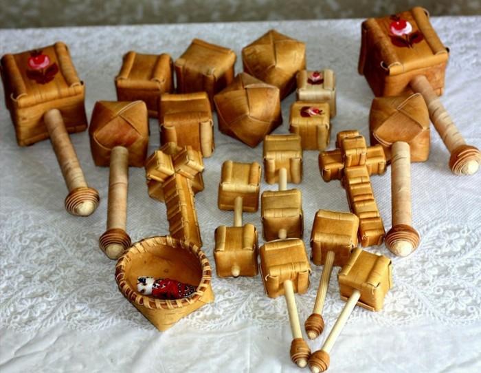 Шаркунки из бересты./Фото: cdn.imgbb.ru