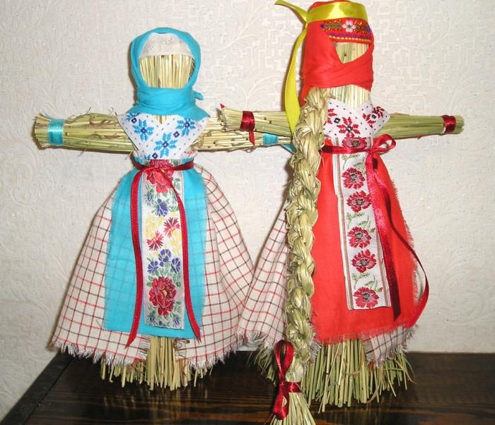 Стригушки, танцующие куклы./Фото: web-kapiche.ru