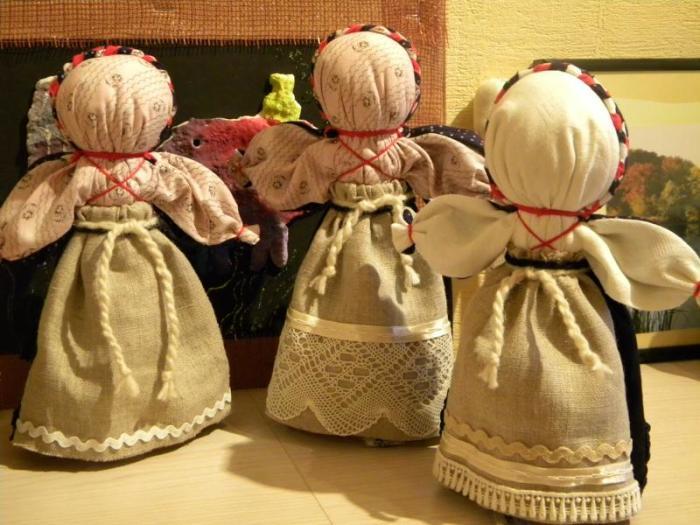 Тряпичные куклы./Фото: mtdata.ru
