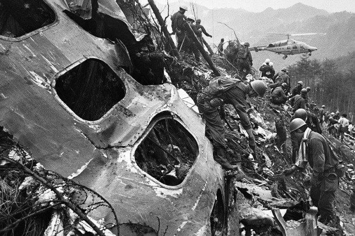 Авиакрушение Japan Airlines унесло жизни 520 человека./Фото: pic1.dbw.cn
