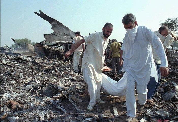Авиакатастрофа в Дели унесла жизни 359 человек./Фото: informburo.kz