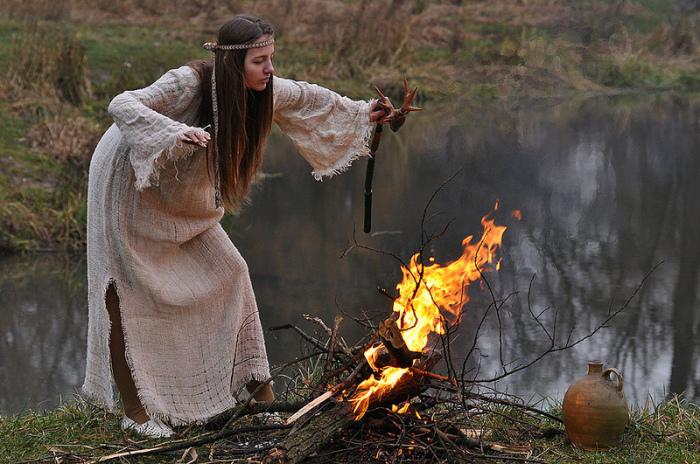 Любого человека, отличающегося от массы, могли принять за колдуна или ведьму./Фото: paranormal-news.ru