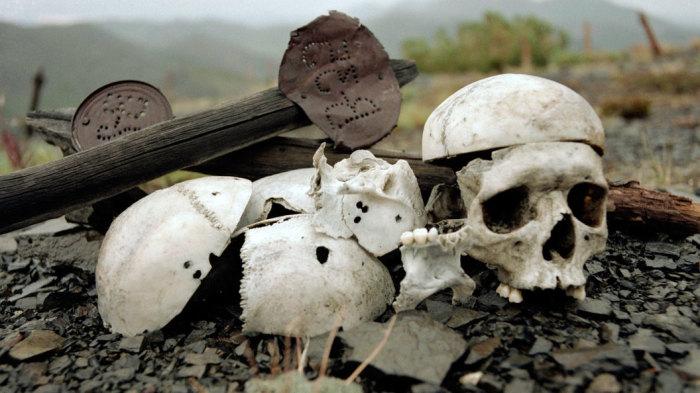 Есть версия, что над заключенными лагеря проводились опыты на мозге, посредством трепанации черепа./Фото: img.tsargrad.tv