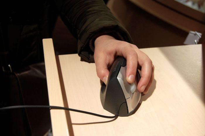 Компьютерная мышь для левшей./Фото: api.uchansichan.com