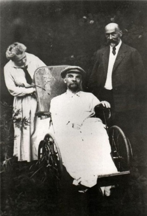 Ленин в период обострения загадочной болезни./Фото: yastart.ru