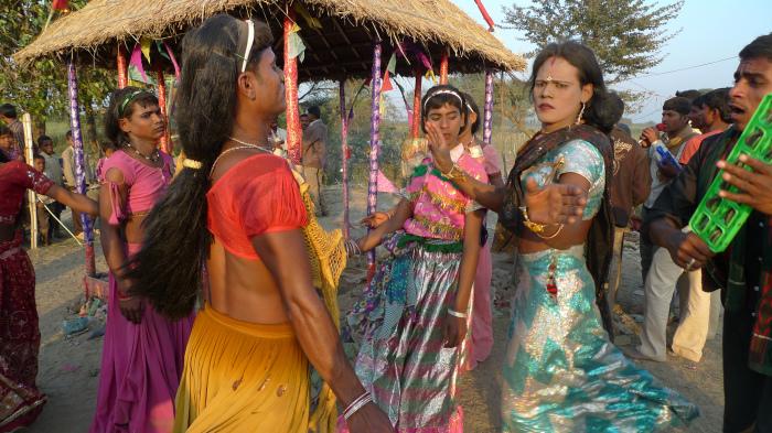 Хиджры-артисты — желанные гости на праздниках./Фото: imgp.golos.io