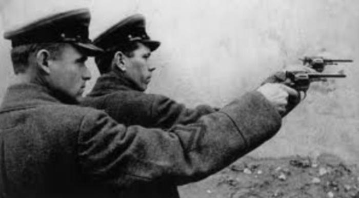 Смертная казнь через расстрел – высшая мера наказания военных преступников./Фото: orenburg.citifox.ru