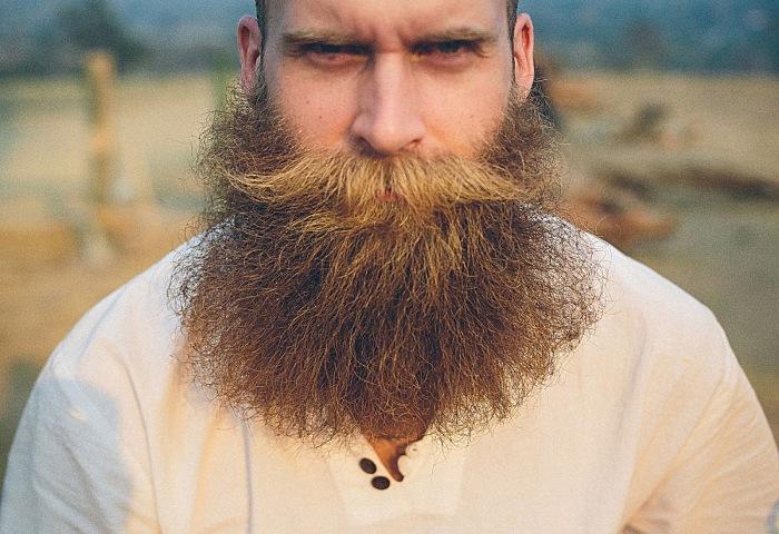 Русским мужчинам пришлось платить за право носить бороду при правлении Петра I./Фото: borodast.com