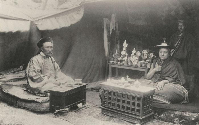 В Тибете нередко прибегали к абсурдным поводам сбора денег в казну./Фото: media.npr.org