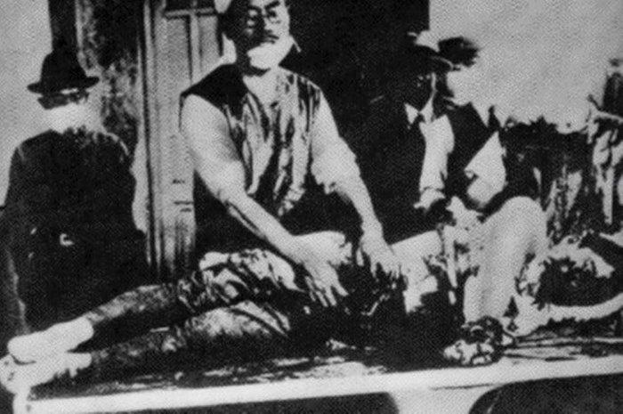 Для разработки биологического оружия ставили испытания над военнопленными./Фото: www.arrajol.com