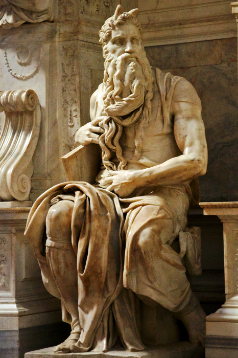 У Микеланджело Моисей с рогами./Фото: upload.wikimedia.org