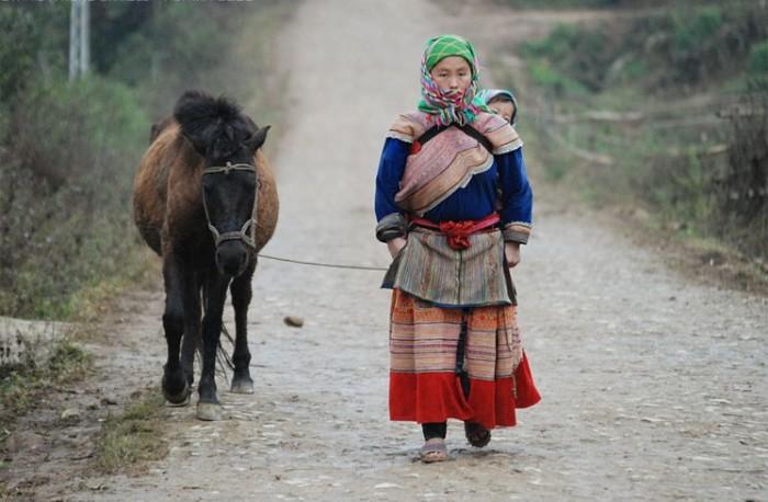 Мей тай – китайская этническая перевязь./Фото: mama.tomsk.ru
